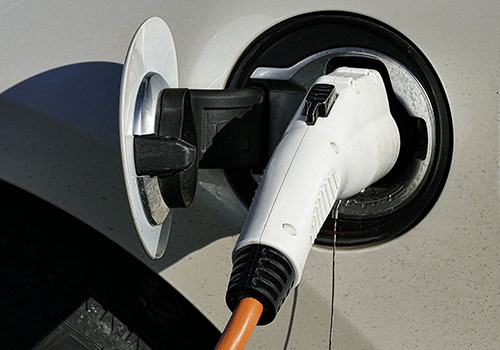 Merced College & PG&E Team for EV Charging Stations