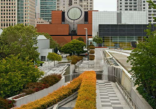 Art Students Travel to SF to Visit Museums, Galleries